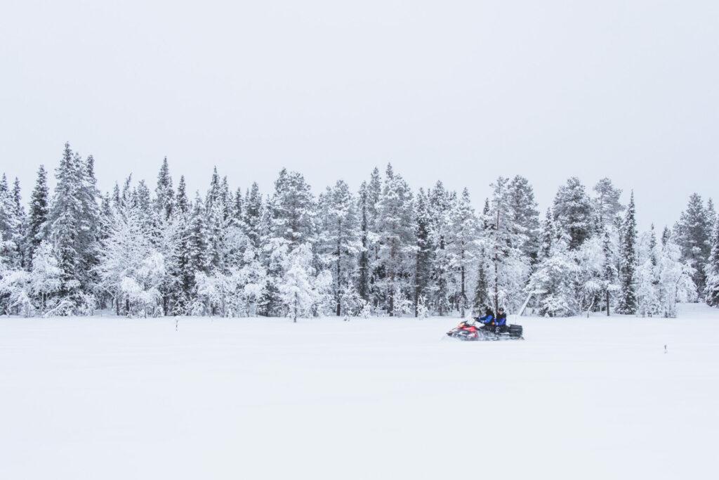 Lappeasuando sneeuwscootertocht