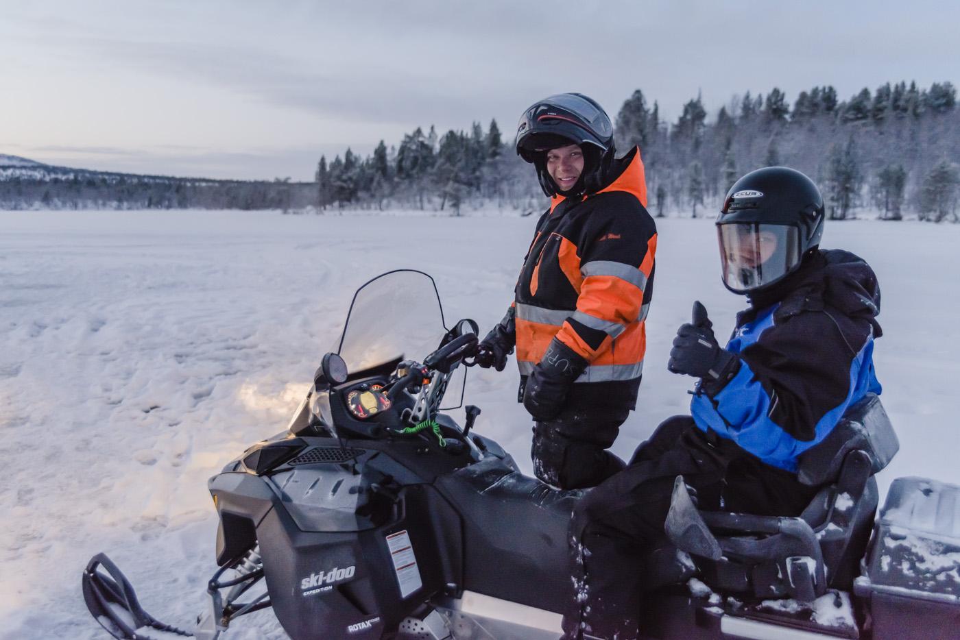 Sneeuwscootersafari twee personen per scooter
