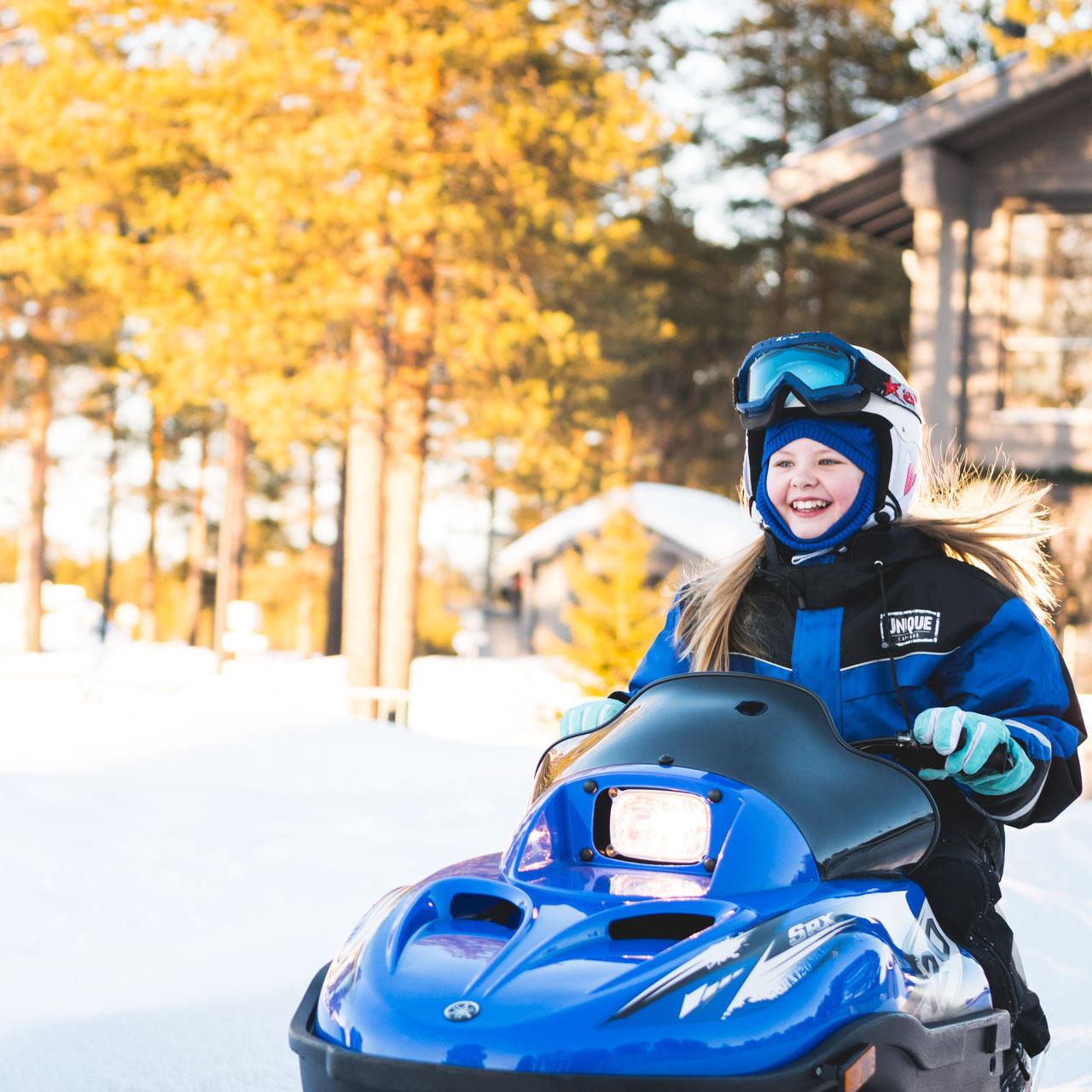 Family Snowmobile Safari – 3 (Michael Mead)
